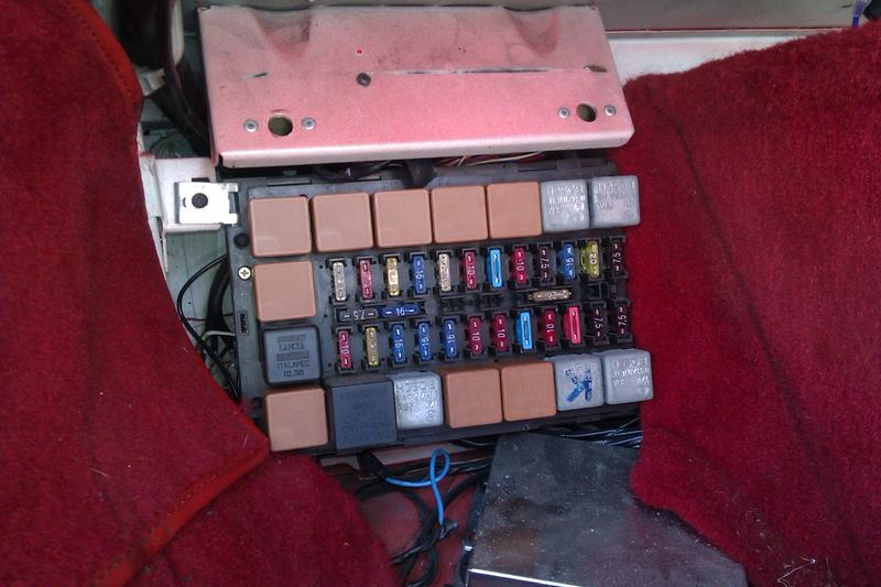 348 is my step pad fuse box on the right way round imag2286 jpg views 225 size 58 8 kb